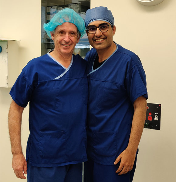 Dr. Anmol with his mentor Dr. Southwick at Melbourne Institute of Plastic Surgery