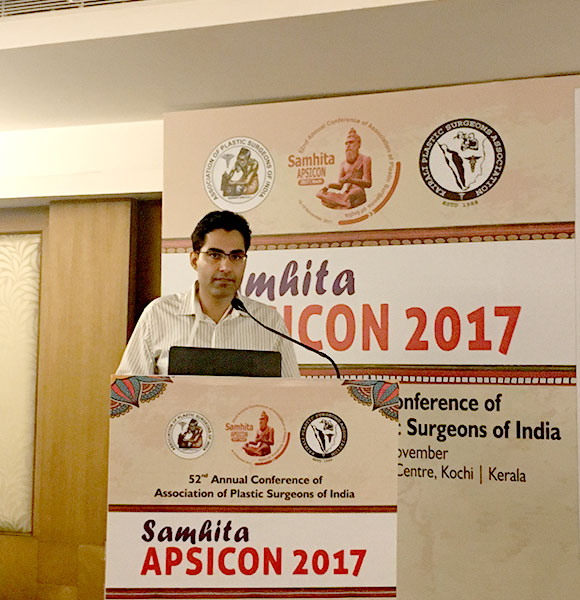 Dr. Chugh presenting his work at KOCHI APSICON 2017