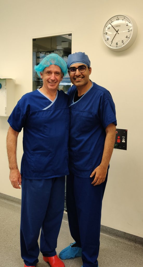 rsz dr anmol with his mentor dr southwick at melbourne institute of plastic surgery